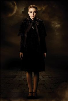 Still of Dakota Fanning in The Twilight Saga: New Moon (2009)
