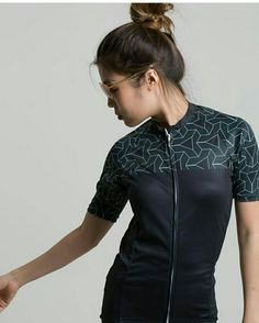 Pattern cycling jersey