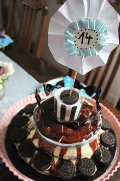 girls birthday oreo cake