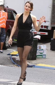 Katharine McPhee shows her toned dancer's legs in a tiny black romper as she movies scenes for Smash Girl Celebrities, Beautiful Celebrities, Celebs, Great Legs, Nice Legs, Black Romper, Katharine Mcphee, Dancer Legs, Dance Photography Poses