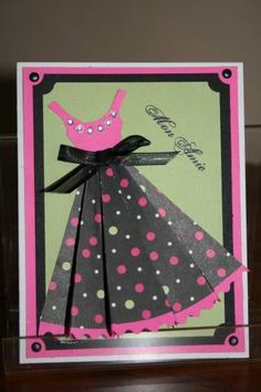 Mon ami. Dress card- I like the trim at the hem. Add a couple of pink heels and a purse. Magnifico!
