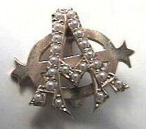 Alpha Phi Badge - 1944 - Chapter unknown - A collegiate or alumnae chapter president badge in the Lazy Phi style.