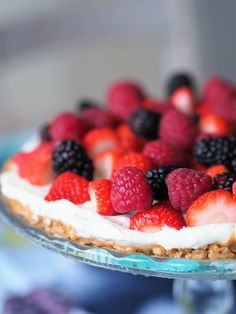 Marja-banoffee Banoffee, Strawberry, Pie, Fruit, Desserts, Food, Torte, Tailgate Desserts, Cake