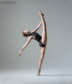 Andrada Ion of Vienna State Opera Ballet School - Ronnie Boehm photography Dance Picture Poses, Dance Photo Shoot, Dance Poses, Dance Pictures, Dance Photoshoot Ideas, Vienna State Opera, Dance Photography Poses, Dance Like No One Is Watching, Dance Movement