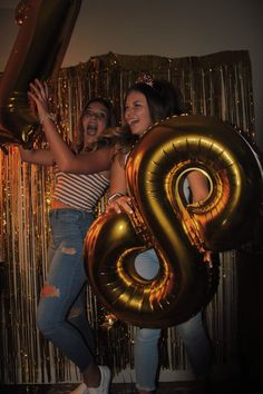 my hotel birthday party 18th Birthday Party Themes, Birthday Goals, Sweet 16 Birthday, Birthday Fun, Birthday Balloons, 16th Birthday, Cute Birthday Pictures, Birthday Photos, 18th Party Ideas