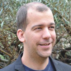 Antoine Rousseau est un féru de mathématiques. Il découvre Inria au prélude de sa carrière de chercheur pendant son postdoc dans l'équipe Inria Omega (spécialisée dans les méthodes numériques probabilistes).  Portrait d'un scientifique hors du commun !