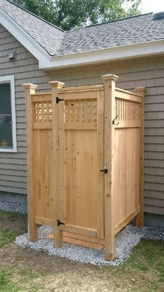 When you're looking for an Outdoor Shower, Stonewood Products offers many styles of enclosures for your home or development. Delivery to Nantucket, Vineyard