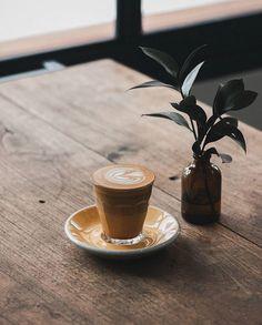8 Plentiful Clever Hacks: How To Make Coffee Drinks coffee latte starbucks.Coffee Tattoo House iced coffee at home. Coffee Geek, Coffee Is Life, I Love Coffee, Coffee Cafe, Coffee Humor, Coffee Quotes, My Coffee, Coffee Drinks, Cafe Barista