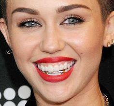Miley cyrus retainer