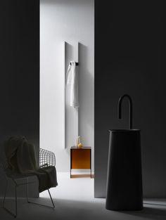 Radiatori di arredo: Radiatore Rift da @tubesradiatori | Design: Ludovica+Roberto Palomba | Anno: 2014 | Materiali: Alluminio | #radiatore #design #salonedelmobile2014 #trend #salonebagno |