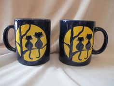 2 Vintage WAECHTERSBACH GERMANY MUGS NAVY & YELLOW CATS IN A TREE