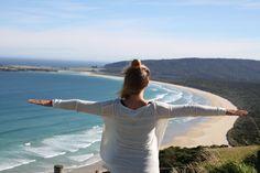 HARRASTUKSET Matkailu on kaiketi enemmän jo kuin pelkkä harrastus, se on elämäntapa. Reissaan aina kun se on mahdollista ja unelmoin isosti eri reissukohteista. Suurin unelmani toteutui vuonna 2014-2015, kun matkustin maailman ympäri. Tässä kuvassa ihailen Uuden-Seelannin kauneutta.