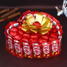 Send New Year Chocolate Basket online Order and send New Year gifts online from and spread smiles on this beautiful occasion. New Year Chocolate Hamper. Gift Bouquet, Candy Bouquet, Chocolate Gifts, Chocolate Lovers, Chocolate Baskets, Happy Chocolate Day, Dessert Chocolate, Chocolate Bars, Chocolate Truffles