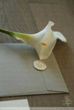wedding invitations chic