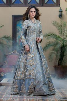 Simple Pakistani Dresses, Pakistani Wedding Outfits, Pakistani Bridal Wear, Pakistani Wedding Dresses, Pakistani Dress Design, Pakistani Shadi, Bridal Lehenga, Party Wear Dresses, Event Dresses