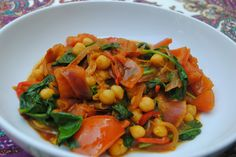 Chickpea Curry with Tomatoes & Spinach