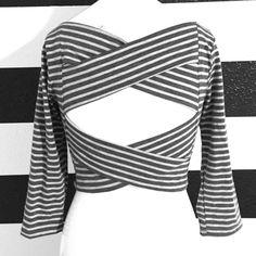 BELLA D NWOT..Gray long sleeve open back crop top.Purchased at a Laguna Beach Boutique,sz lrg Tops Crop Tops