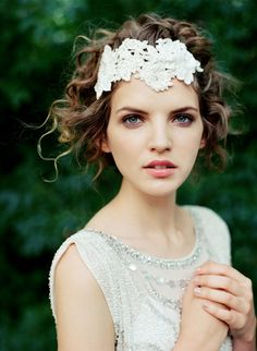 Niely Hoetsch Headpiece & Jenny Packham dress