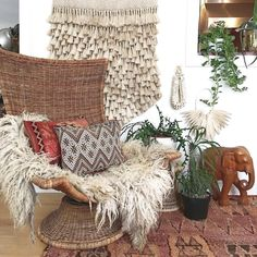 2018 Bohemian Interior Design Trends: Amazing Tips And Ideas - Interiors - Interieur Interior Design Trends, Bohemian Interior Design, Interior Inspiration, Design Ideas, Interior Stylist, Design Design, Bohemian Style Home, Bohemian Decor, Handmade Home Decor