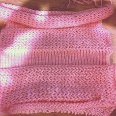 Ya tengo ambas piezas, ahora a coser, espero que quede bien. #tejerpunto #laurelisanper #knitting #knitwear #telares #looms #pullover