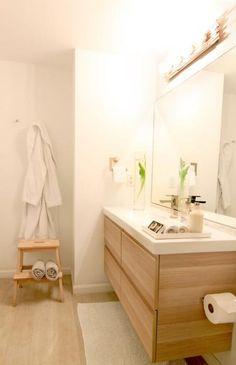 Ikea GODMORGON vanity in white stained oak effect. Notice the DIY custom sconce? Ikea GODMORGON vanity in white stained oak effect. Notice the DIY custom sconce? Just get creative Oak Bathroom, Laundry In Bathroom, Bathroom Towels, White Bathroom, Bathroom Interior, Vanity Bathroom, Ikea Vanity, Ikea Mirror, Narrow Bathroom