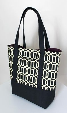 This pattern includes step-by-step directions how to sew a fully lined, canvas Tote Bag with an outer pocket and a reinforced bottom, includ...