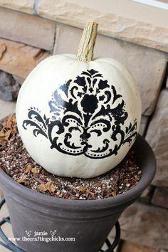 Google Image Result for http://thecraftingchicks.com/wp-content/uploads/2011/10/small-pumpkins-8.jpg