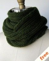 This site has tons of free patterns to crochet! scarves mittens pillows wreaths rugs etcetcetc