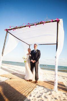 eligetubypaularocha: BEACH WEDDING INSPIRATION