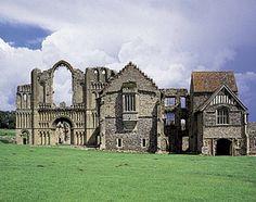 Castle Acre Priory 07 William de warenne