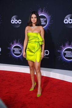 Selena Gomez - America Music Awards 2019 at Microsoft Theater in Los Angeles 11/24/2019.  #selenagomez  #selenagomezstyle #celebrity #fashion #clothing #closet #celebrityfashion #celebritystyle #celebritystreetstyle #streetfashion #streetstyle