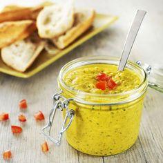 Tartinade de courgette, une recette simple et parfumée, indispensable pour préparer toutes vos tartines en entrée ou apéritif !