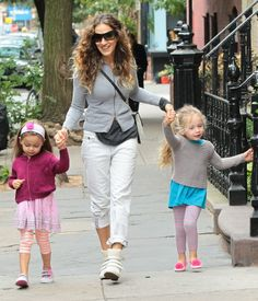 Sarah Jessica Parker and her twins, Tabitha and Loretta.