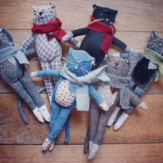 this little group is in the shop right now. *Updated - this group is gone but there's a sewing pattern if you'd like to make one yourself. Tiny Dolls, Soft Dolls, Soft Kitty Warm Kitty, Ann Wood, Cat Quilt, Fabric Toys, Cat Doll, Sewing Dolls, Toy Craft