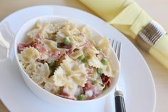 Pasta with ham and peas for lunch or dinner
