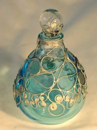 Lelio Perfume Bottle Photo: This Photo was uploaded by VCDesigns. Find other Lel… Lelio Perfume Bottle Photo: This Photo was uploaded by VCDesigns. Find other Lelio Perfume Bottle pictures and photos or upload your own with Photobucke… Perfumes Vintage, Antique Perfume Bottles, Vintage Bottles, Bottle Picture, Lovely Perfume, Bottle Art, Potion Bottle, Antique Glass, Art Antique