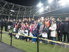 Spotkanie dzieci z polskiej szkoły w Dublinie z piłkarzami reprezentacji przed meczem z Irlandią (6.02.2013)