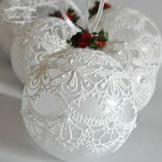 Make the most beautifully handmade Christmas lace ornaments for a more nostalgic note in the home's Christmas decorations during the holidays. Christmas Ornaments To Make, Homemade Christmas, Christmas Holidays, Victorian Christmas Ornaments, Christmas Vacation, Christmas Bells, Christmas Candle, Silver Christmas, Crochet Christmas