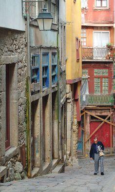 Ruas do Porto / Streets of Porto > Rua de Sant' Ana - Portugal