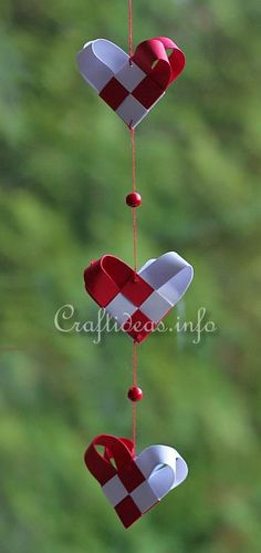 woven paper Christmas hearts mobile