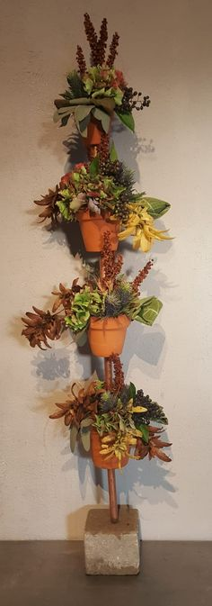 Bloemschikkenroosendaal – Workshops in Roosendaal Floral Arrangements, Planter Pots, Workshop, Pine Cones, Deco, Atelier, Flower Arrangement, Work Shop Garage, Flower Arrangements