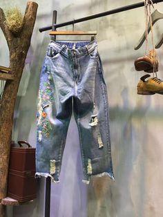 Asymmetric Raw Hem Crane Embroidered Jeans Fashion Wide Ripped Jeans    #jeans #embroidered #crane #wide #pants #asymmetric #fashion #baggy #vintage