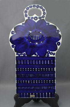 Arabia leikkuulauta, Valencia. Design, Ulla Procopé. Korkeus 35cm, leveys 19,5cm, paino 1.034kg. | Astiataivas.fi - Vanhojen astioiden ystävien löytöpaikka