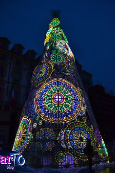 Christmas tree in Turin - foto di ©artoblog #torino #christmas #ChristmasTree Christmas Kiss, Cosy Christmas, Italian Christmas, Christmas Trees, Holiday Lights, Christmas Lights, Christmas Landscape, Christmas Aesthetic, Turin