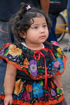 Apparently people are angry at Mattel because Mexico Barbie, from its Dolls of t… – Cute Adorable Baby Outfits Beautiful Children, Beautiful Babies, Funny Babies, Cute Babies, Traditional Mexican Dress, Mexican People, Mexican Outfit, Baby Faces, Girl Haircuts