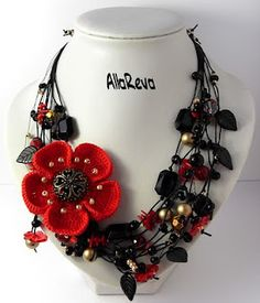 Outstanding Crochet: Crochet jewelry.  couldnt find the necklace on the blog, but it's great inspiration.