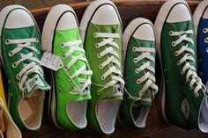 greenish emerald dark green :-)