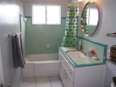 Compact bathroom - just retro enough!
