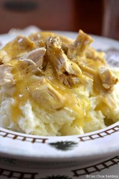 I'm pretty sure it doesn't get much more comforting than Chicken& Gravy over mashed potatoes.