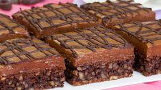 Regina Prăjiturilor cu ciocolată – cel mai simplu și cel mai delicios desert cu ciocolată! - savuros.info No Cook Desserts, Sweets Recipes, Flan Au Caramel, Mini Tortillas, Ice Cream Party, Cookies Et Biscuits, Dessert Bars, Macarons, Nutella